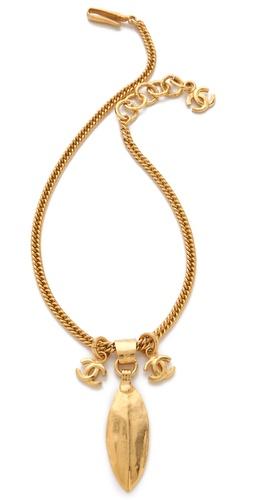 WGACA Vintage Vintage Chanel Feather Pendant Necklace