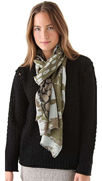 YARNZ W. Alligator Scarf