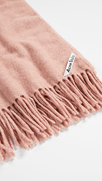 Acne Studios Canada 窄款开司米羊绒围巾