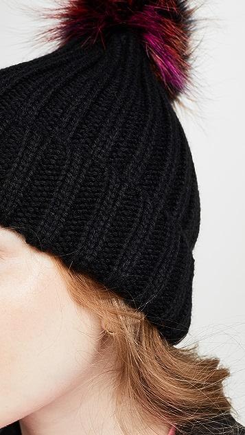 Adrienne Landau 狐狸绒球腈纶帽子