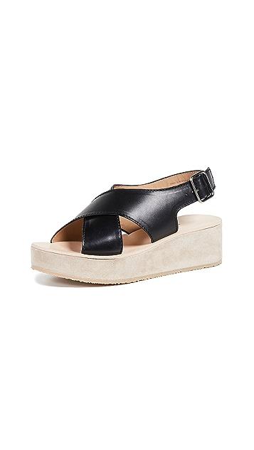 A.P.C.  Mae 凉鞋