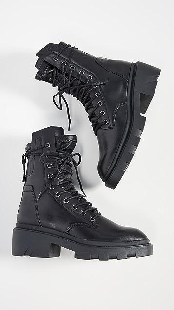 Ash Madness 登山靴