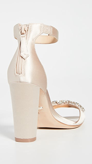 Badgley Mischka Edaline 粗跟凉鞋