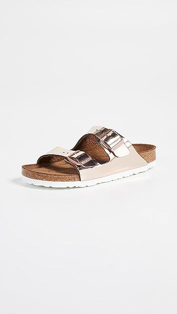 Birkenstock Arizona 柔软凉鞋 - 窄版