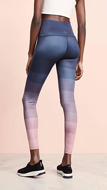 Beyond Yoga 工程华美中长贴腿裤
