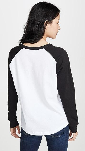 Champion Premium Reverse Weave 大号字样撞色圆领 T 恤