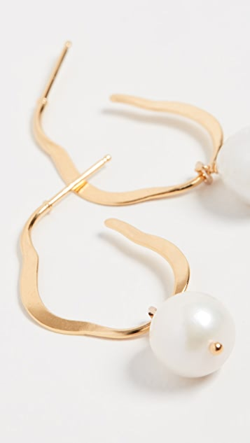 Chan Luu 淡水养殖珍珠圈式耳环