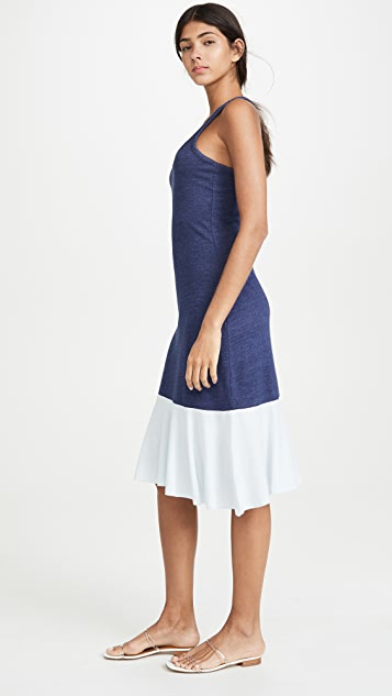 Chaser 裥褶下摆工字背中长连衣裙