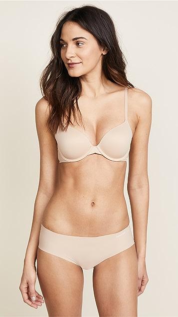 Calvin Klein Underwear 修身款式时尚 T 恤文胸
