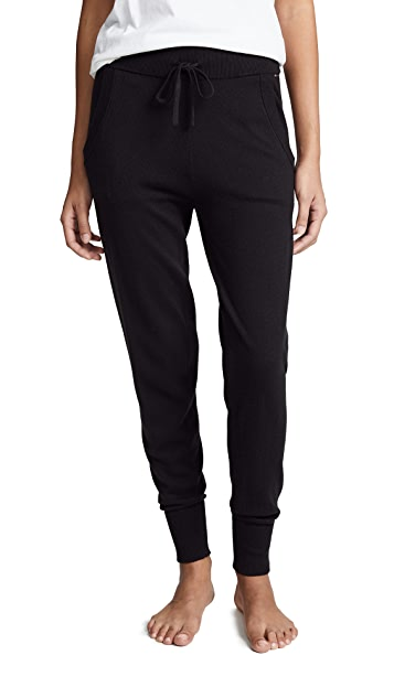 Calvin Klein 钢托文胸 慢跑裤