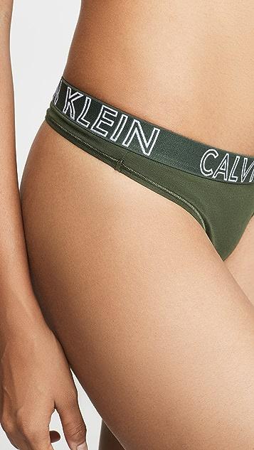 Calvin Klein Underwear Ultimate 棉质丁字裤