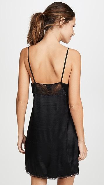Calvin Klein Underwear 黑色花瓣蕾丝衬裙