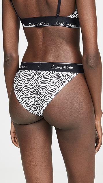 Calvin Klein 钢托文胸 高腰丁字裤