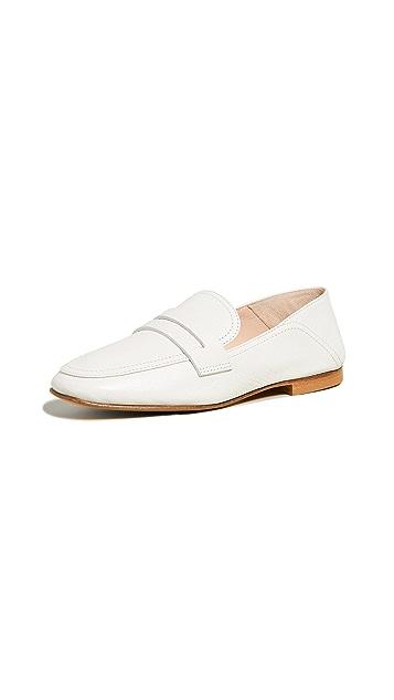 Club Monaco Kedda 浅口船鞋