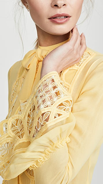 Costarellos 绑带领口喇叭袖连衣裙