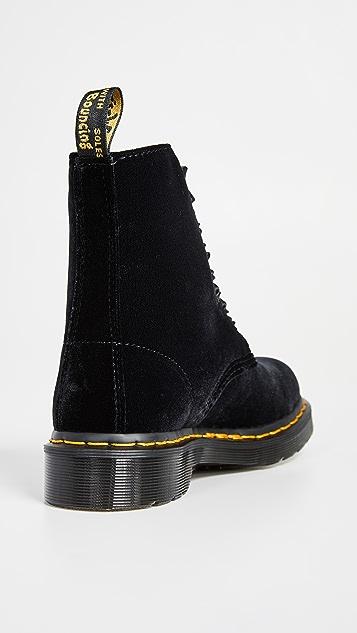 Dr. Martens 1460 Pascal 天鹅绒 8 孔靴子