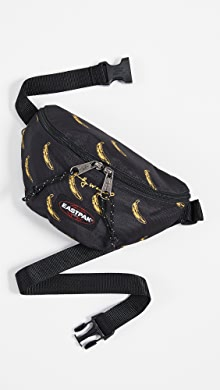 이스트팩 Eastpak x Andy Warhol Springer Mini Bag,AW Banana