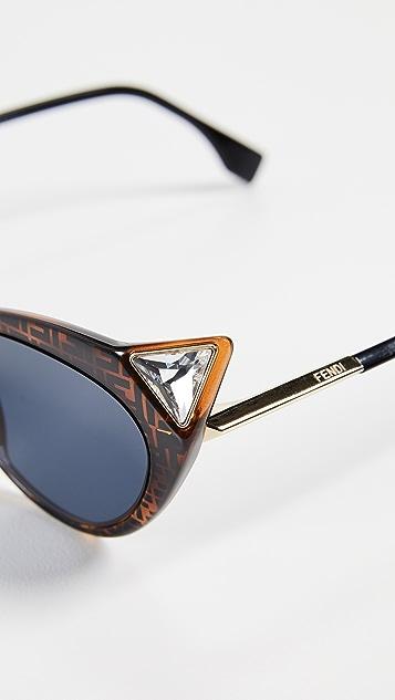 Fendi 带徽标猫眼形太阳镜