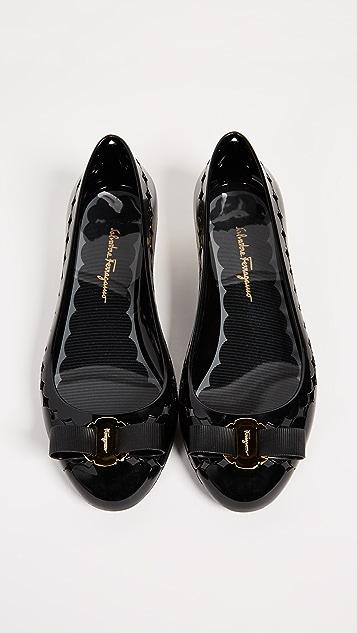 Salvatore Ferragamo Jelly 平底鞋