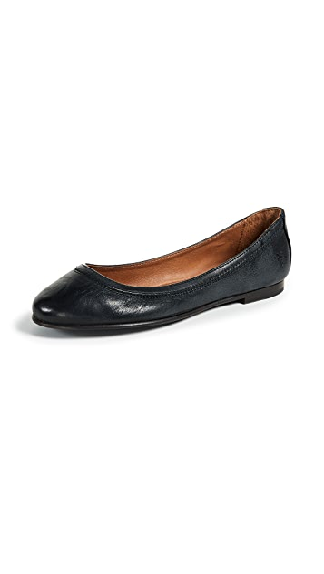 Frye Carson 平底芭蕾舞鞋