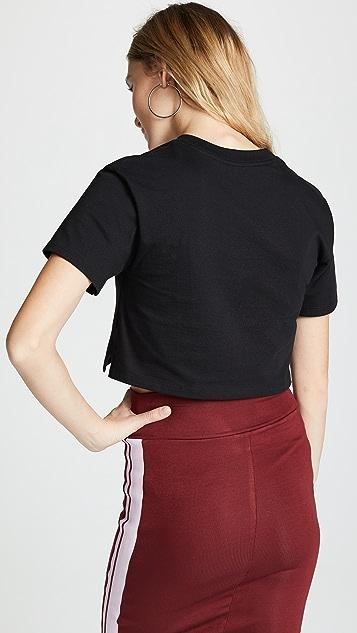 Hanes x Karla 超短 T 恤
