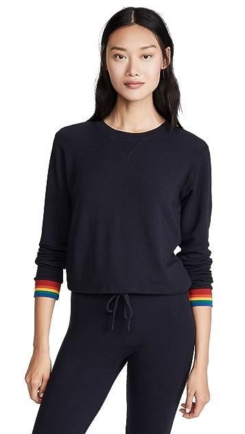 MONROW 圆领运动衫采用彩虹袖口
