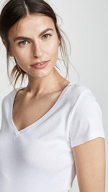 Ingrid & Isabel 短袖 V 领 T 恤