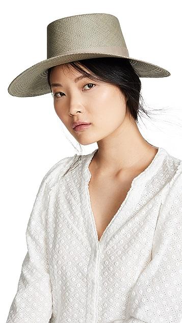 Janessa Leone Rena 硬草帽