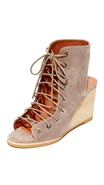 Jeffrey Campbell Coralyn 坡跟鞋