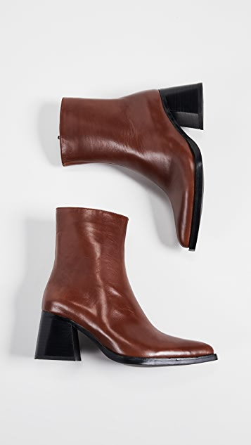 Jeffrey Campbell Hinge 粗跟短靴