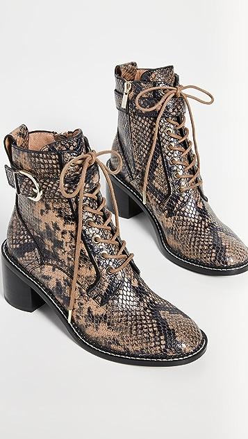 Joie Raster 靴子