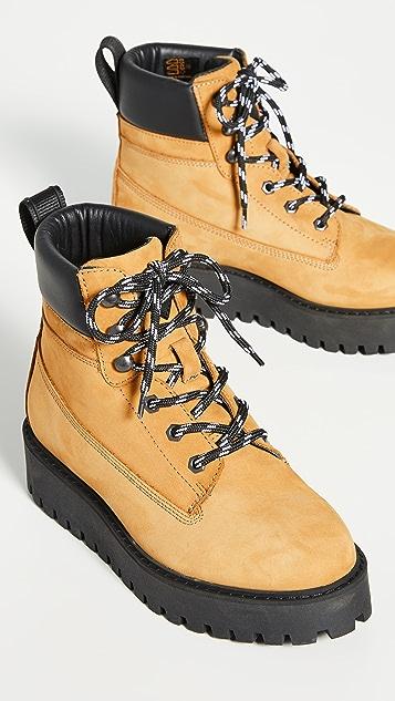 LAST Alaska 靴子