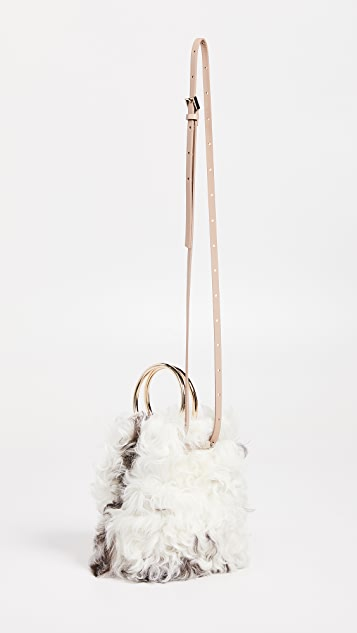 Maison Boinet 小号金属环圈连毛羊皮水桶包
