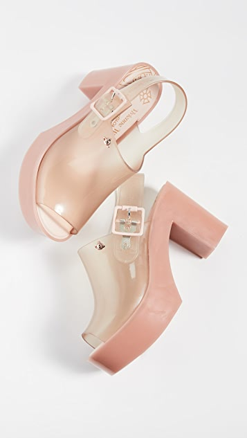 Melissa x Vivienne Westwood Brighton 露跟鞋