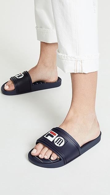 Melissa x Fila 凉拖鞋