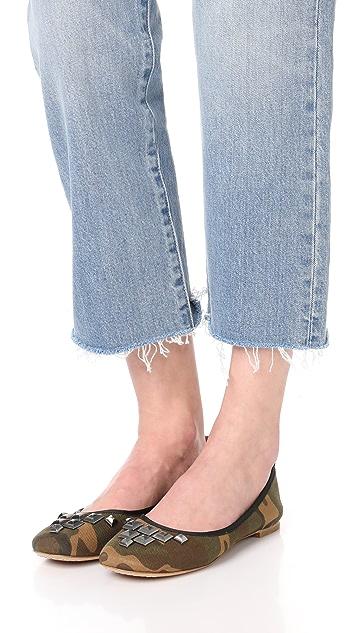 Marc Jacobs Cleo 铆钉装饰芭蕾平底鞋