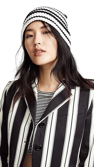 Marc Jacobs 不对称条纹帽子