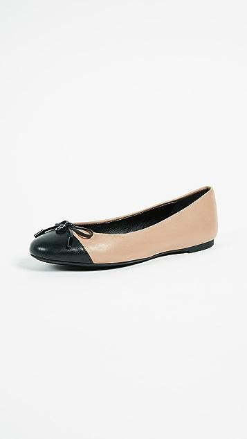 MICHAEL Michael Kors Melody 包头芭蕾舞平底鞋