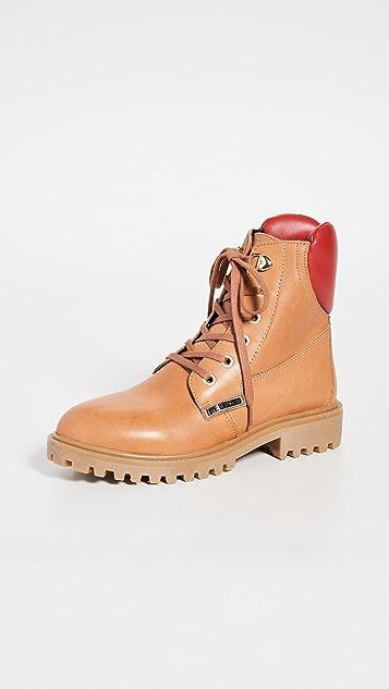 Moschino 系带靴子