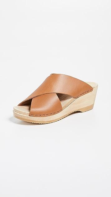 No. 6 Frida 中号坡跟木底鞋