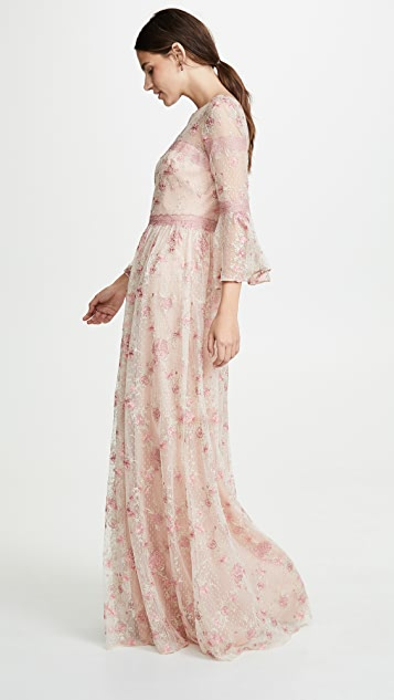 Marchesa Notte 荷叶袖刺绣 A 字形礼服