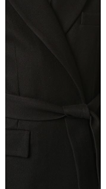 Oak 配有腰带的外套