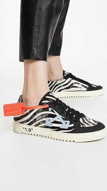 Off-White Black Arrow 2.0 运动鞋