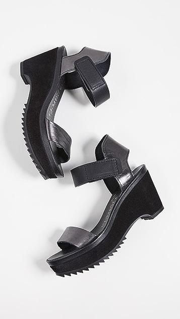Pedro Garcia Franses 坡跟凉鞋