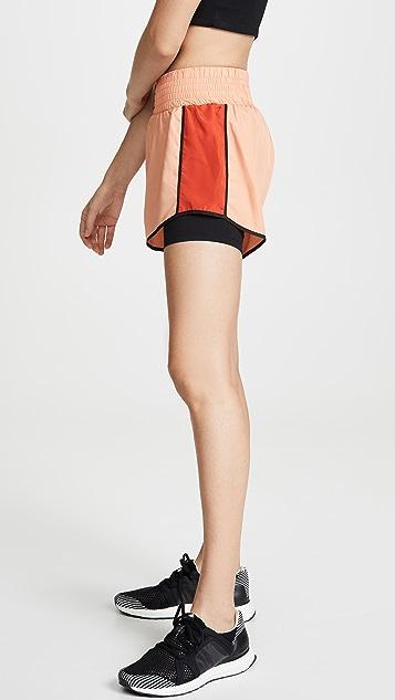 P.E NATION Cornerman 短裤
