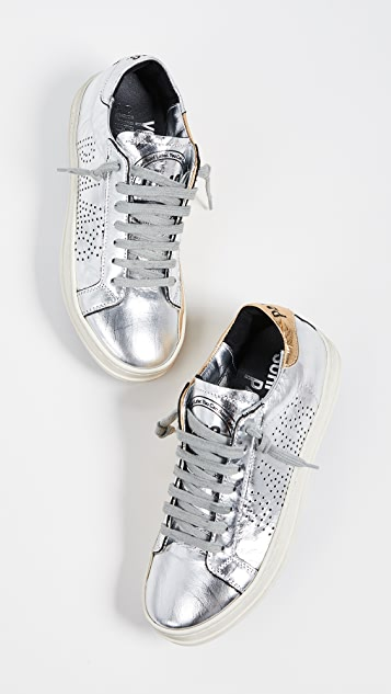 P448 John 金属色运动鞋