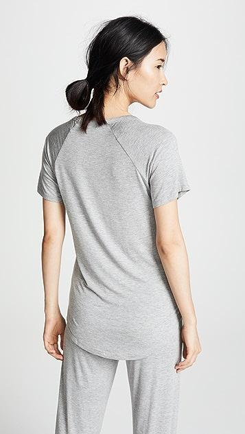 PJ Salvage V 领 T 恤