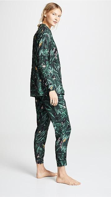 Plush 丝质丛林印花睡衣套装