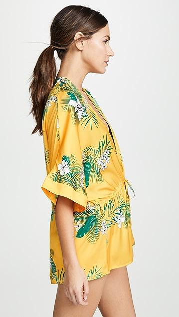 Plush 束带棕榈树和服