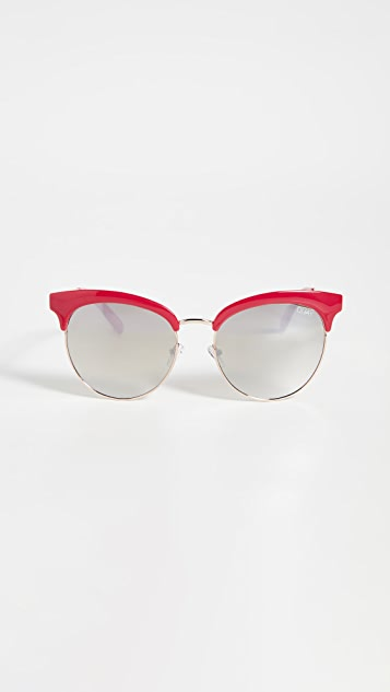 Quay 樱桃红太阳镜